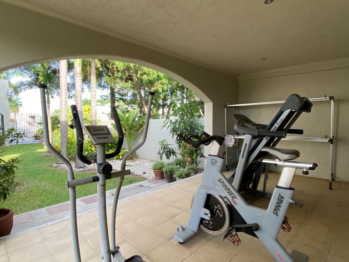 House for sale East Pattaya showing the gymnasium
