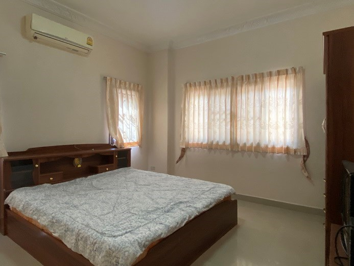House for sale East Pattaya showing the second bedroom