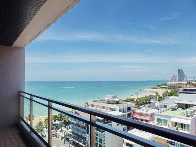 Condominium for rent Northshore Pattaya showing the view