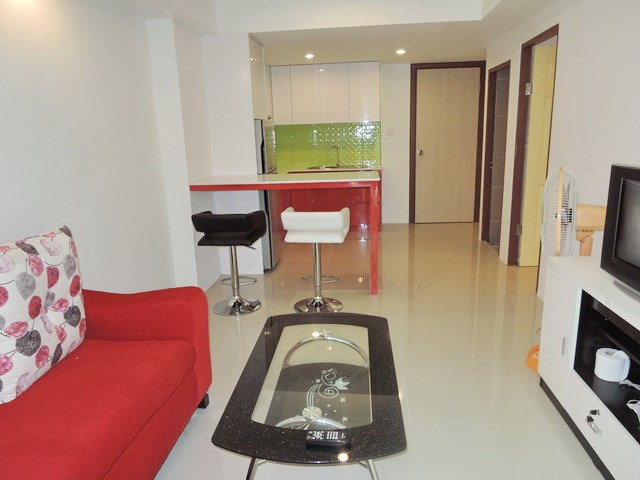 Condominium for rent East Pattaya showing the modern living concept