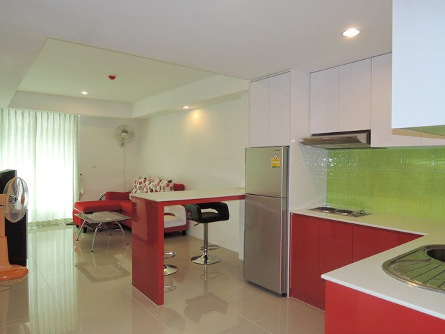 Condominium for rent East Pattaya showing the open plan concept