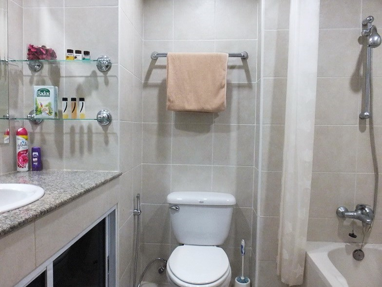 Condominium for rent Jomtien showing the second bathroom