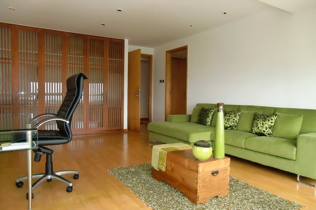 Condominium for rent Wong Amat showing the third bedroom office