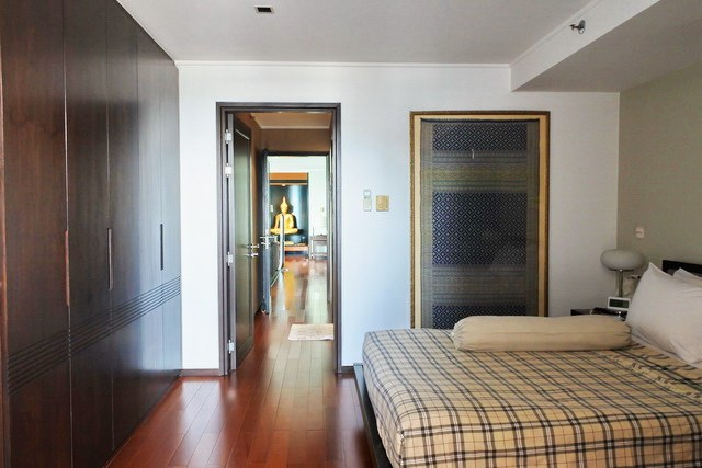 Condominium for sale Pattaya Northshore showing the second bedroom suite