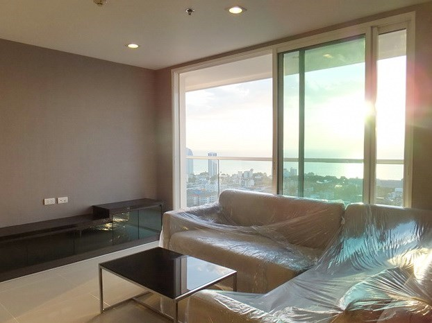 Condominium for sale Pratumnak Hill Pattaya showing the living area and balcony