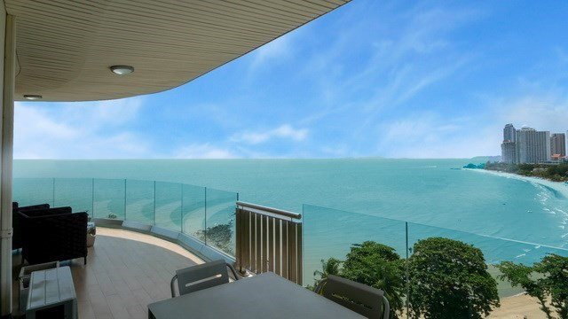 Condominium for sale The Cove Wongamat showing the balcony view