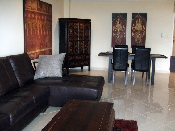 Condominium for sale Naklua showing the living and dining areas