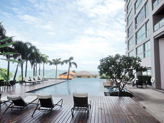 Condominium for sale Northshore Pattaya showing the pool terraces