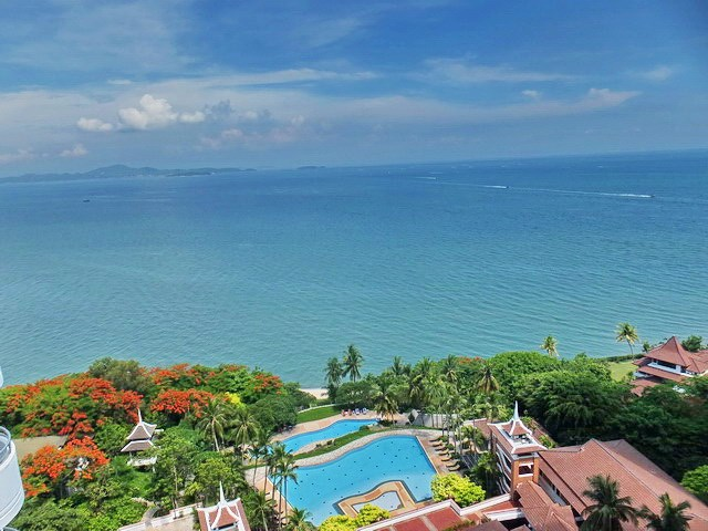 Condominium for Sale Pratumnak Hill showing the main balcony view
