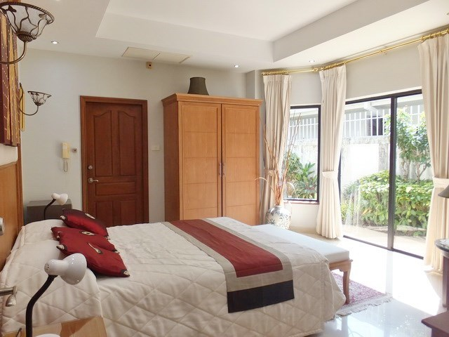 House for rent Jomtien at Jomtien Park Villas showing the third bedroom suite