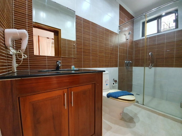 House for rent Jomtien Pattaya showing the fourth bathroom
