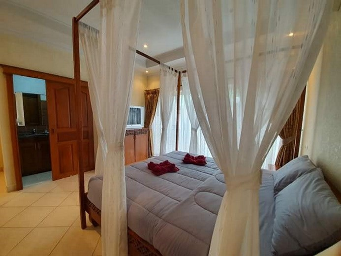 House for rent Jomtien Pattaya showing the second bedroom suite