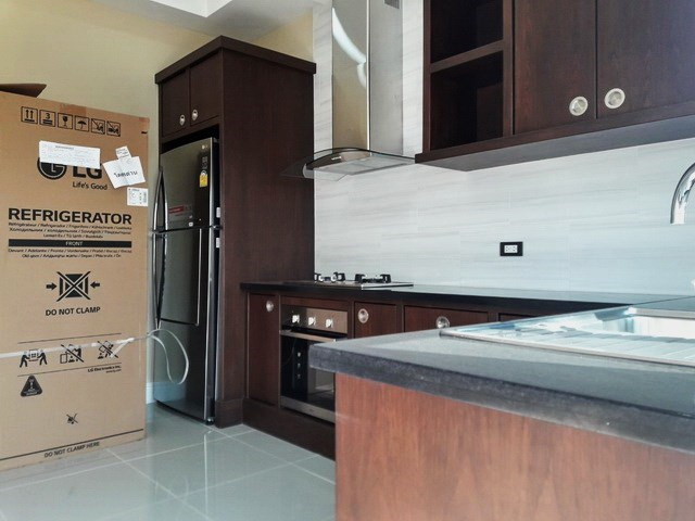 House for sale at Nongpalai Pattaya showing the kitchen