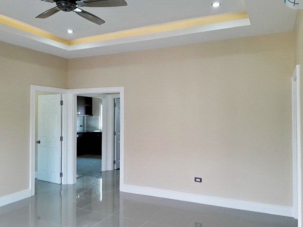 House for sale at Nongpalai Pattaya showing the living and dining areas