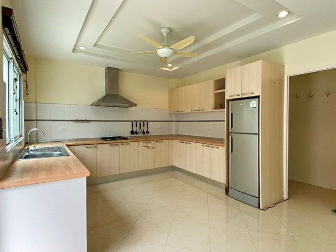 House for sale East Pattaya showing the kitchen and storeroom