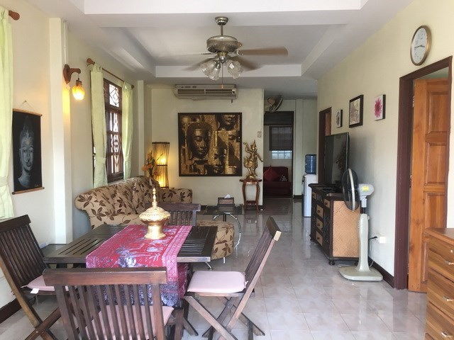 House For Sale East Pattaya showing the open plan concept