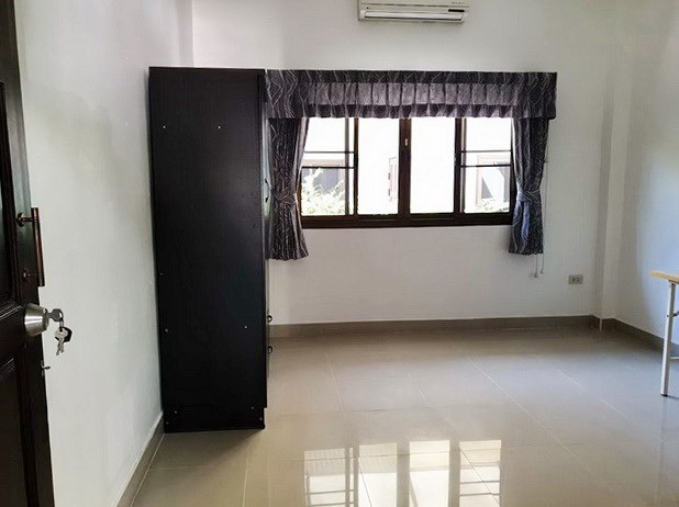 House for sale East Pattaya showing the third bedroom