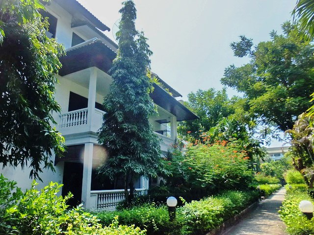 House for sale Na Jomtien showing the house frontage