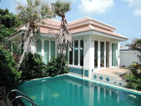 House for rent jomtien park villas pattaya house jomtien park villas five star villas and for Guest house in goa with swimming pool